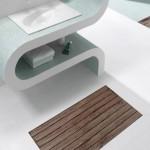 Cool Wooden Shower Design