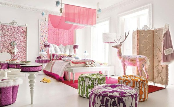 Attractive Pink Bedroom Design Model