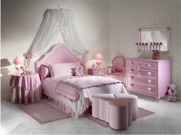 Modern Girls Bedrooms With Hearts Theme