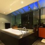 Amazing Real Estate with New Bathtub Design