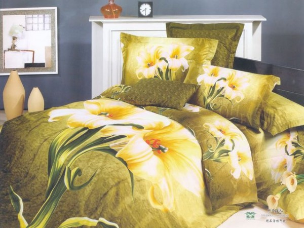 Amazing Large Japan Bed Linen with Green Flower Motive