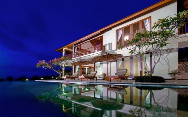 Luxurious Villa Design Theme