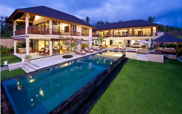 Blazzing house fantastic and exotic villa model inspiration for Pool design for villa
