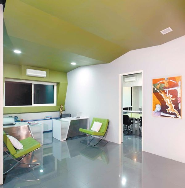 Beautiful office design interior home interior design ideas for Beautiful office interiors