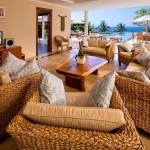 Exciting Villa Living Room Decorating Ideas