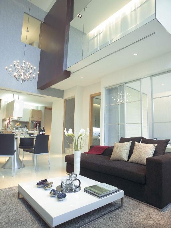Contemporary Summit Apartment Rentals