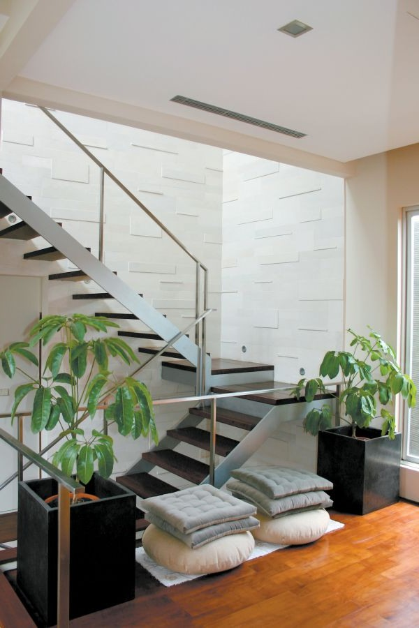 Modern Box House Staircase Design Model