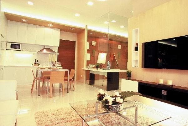 Attractive Burgundy Dining Room Design Ideas