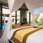 Amazing Villa Bedroom Decorating Design