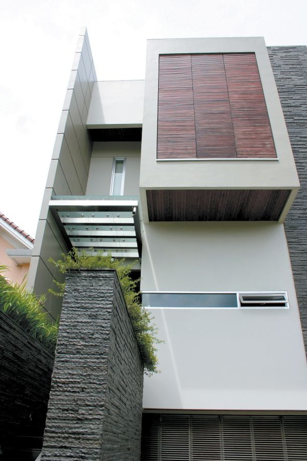 Blazzing House Modern And Contemporary Box Type House