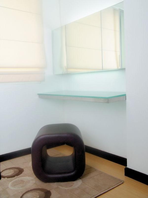 Classical Small Apartment Decorating Design Concept