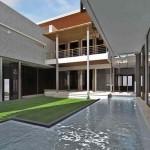 Luxurious Courtyard Home Design Inspiration