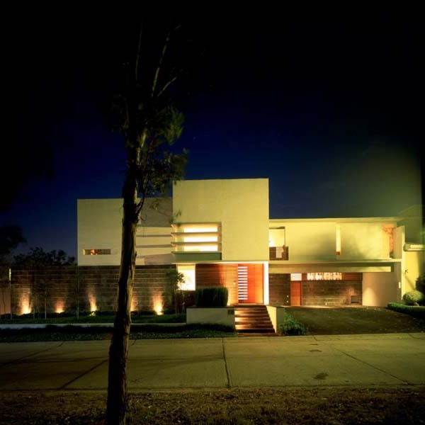 Attractive Minimalist House E Design Inspiration