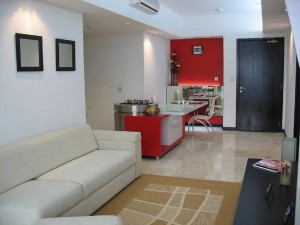 Red and White Small Apartment Decorating Design Layout