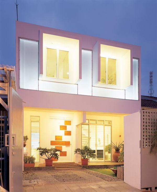 Artistic White Box House Design Construction