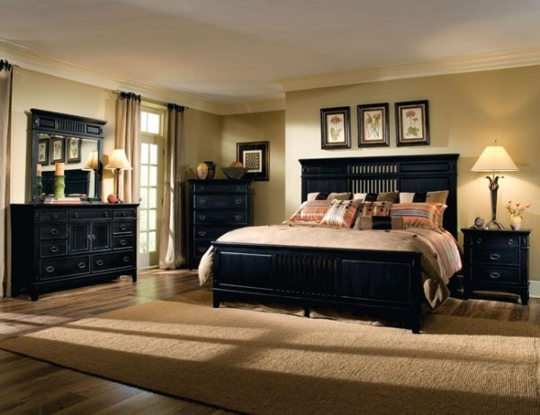 Elegant Black and Cream Master Bedroom Design Theme Attractive