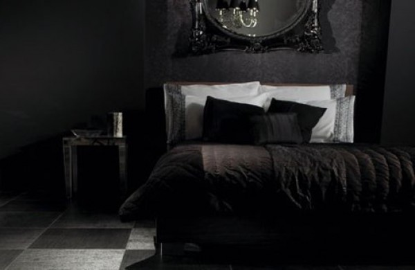 Black bedroom design color home interior design ideas - Deco chambre lit noir ...