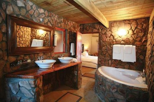 ... Amazing Rustic Bathroom Design Theme ...