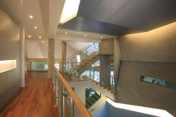 Interesting Polygonal Home Design Concept