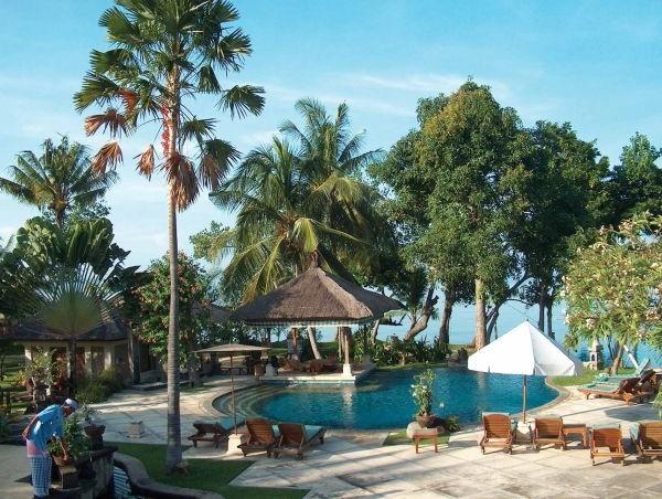 Popular Resort Villa Design View