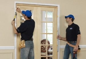 Hiring-a-Professional-to-Install-your-Door
